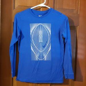 Boys Nike long sleeve footabll tshirt